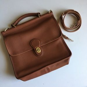 Vintage coach British tan leather Willis bag